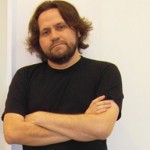 Marcelino Freire traz a agilidade dos contos ao romance Nossos Ossos