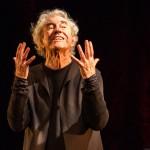 Juca de Oliveira brilha como único  intérprete da tragédia Rei Lear
