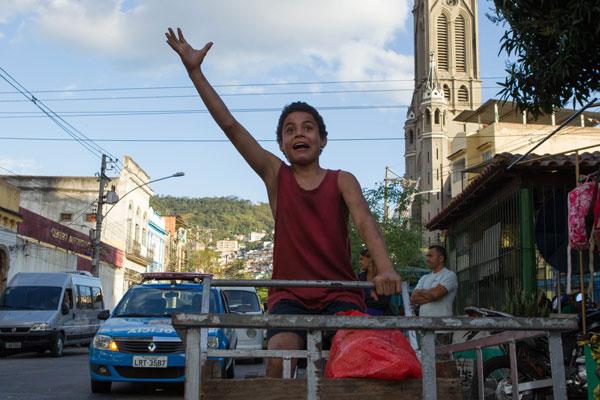 Filme: Trash- A Esperança Vem do Lixo, foto 1