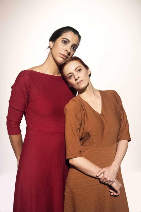 Peça: As Irmãs Siamesas, foto 2