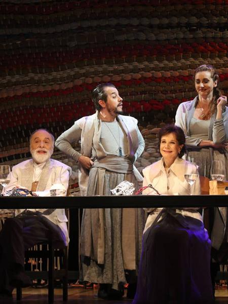 Peça: Romeu & Julieta 80!, foto 2