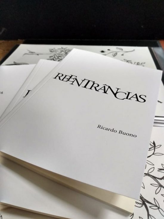 Livro: Reentrâncias, foto 1